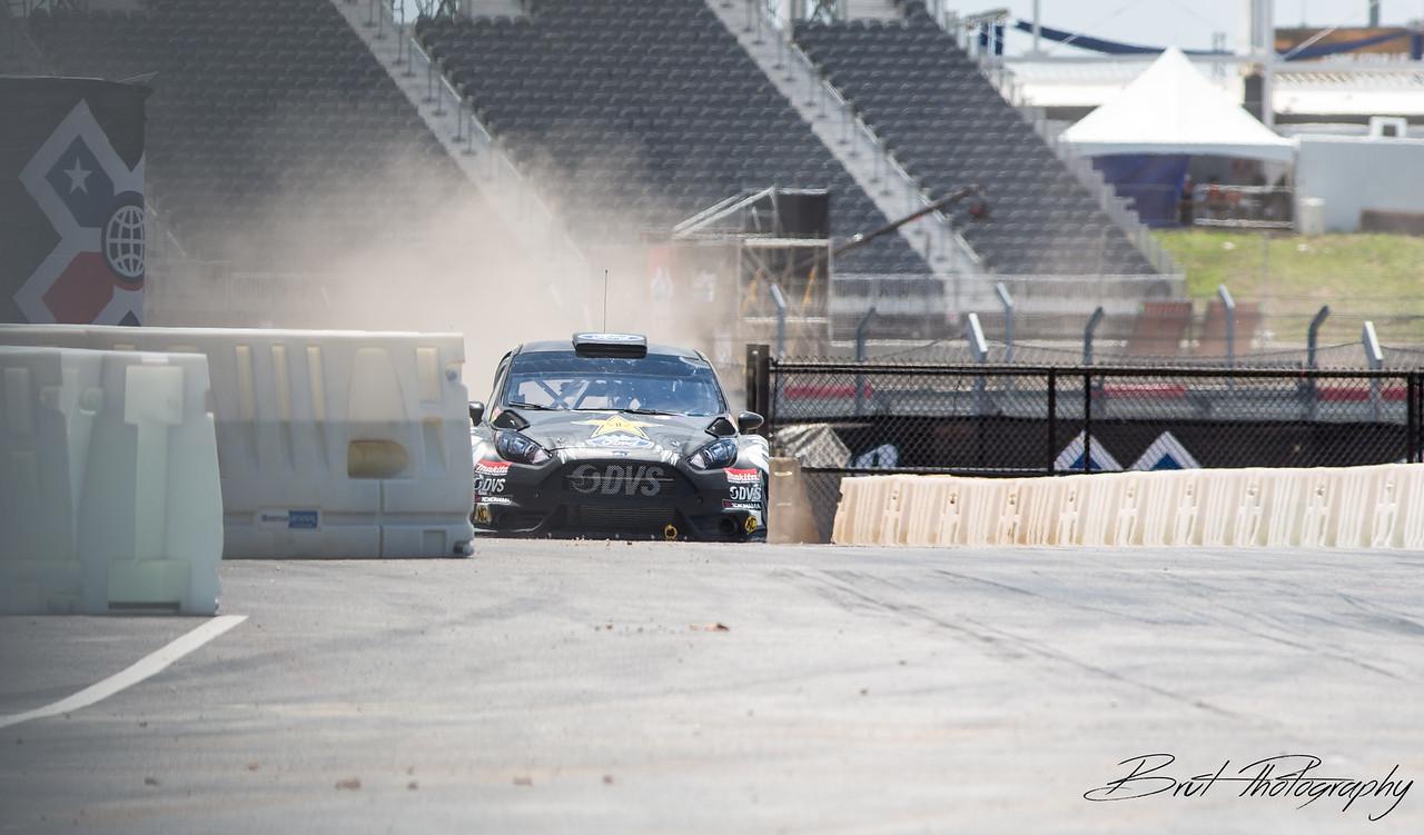 IMAGE: https://brut-photography.smugmug.com/2015-Automotive/Racing/GRC/Xgames/Thursday/i-5dxGTcg/0/X2/9245-X2.jpg